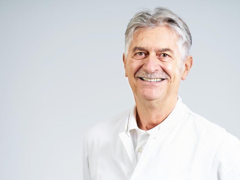 Dr. Dietrich Loos